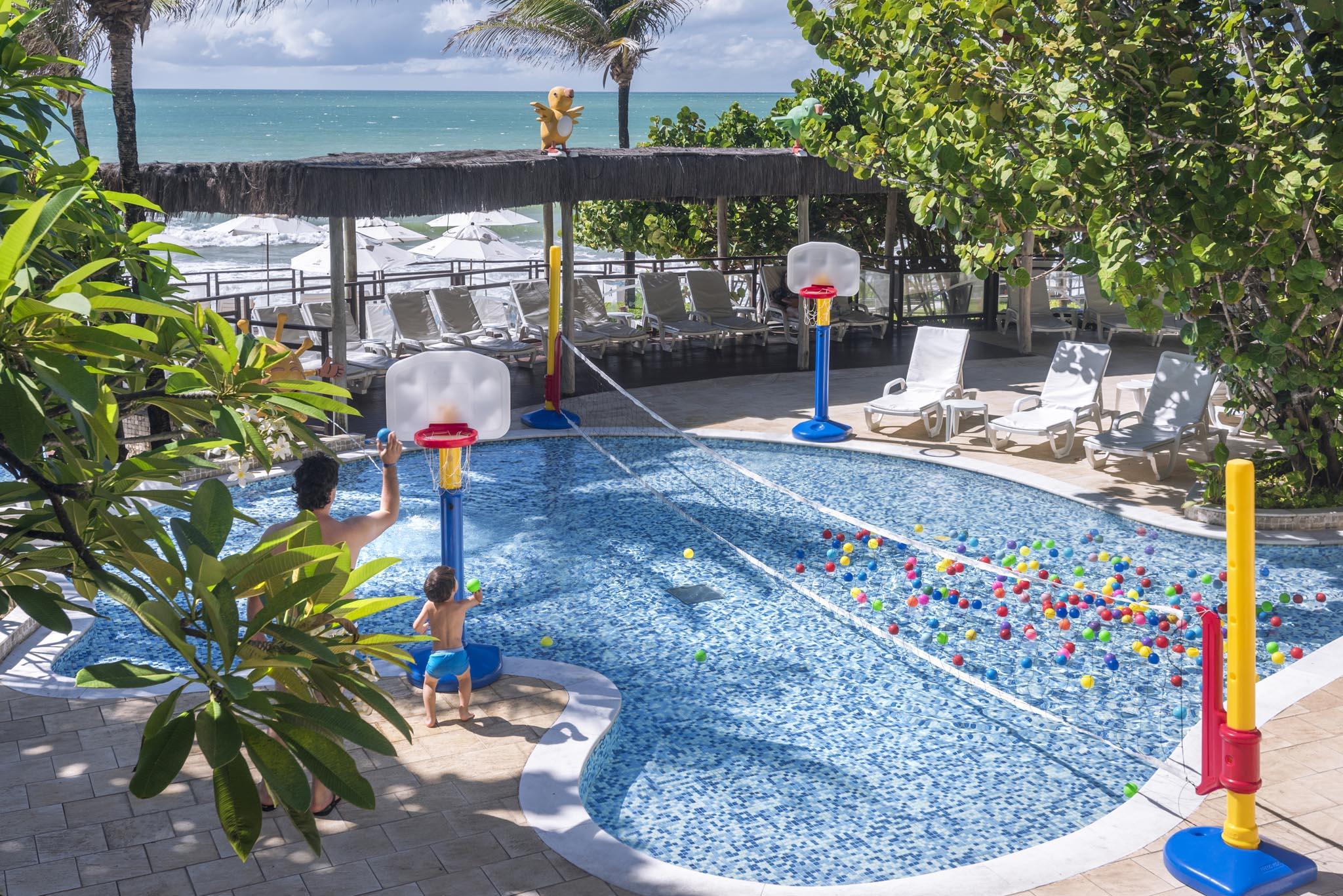 Kids 39 club del resort serhs natal grand hotel - Piscina los periquitos ...